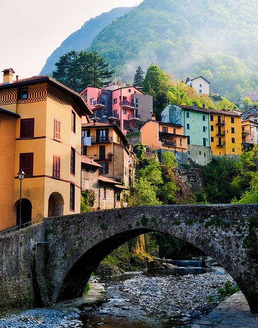 Italy - Lake Como: Incomming Fog